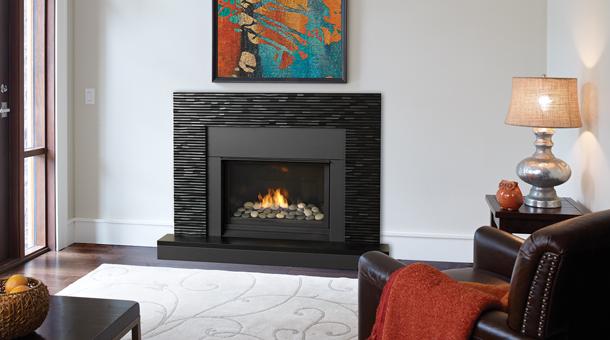 Regency Horizon™ HZ33CE Small Gas Fireplace